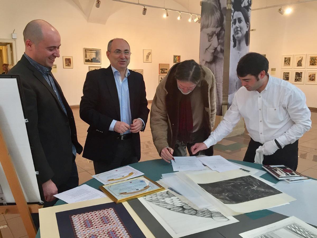 Artista Casia Csehi – premiu pentru întreaga creaţie, la Muzeul de Artă Contemporană