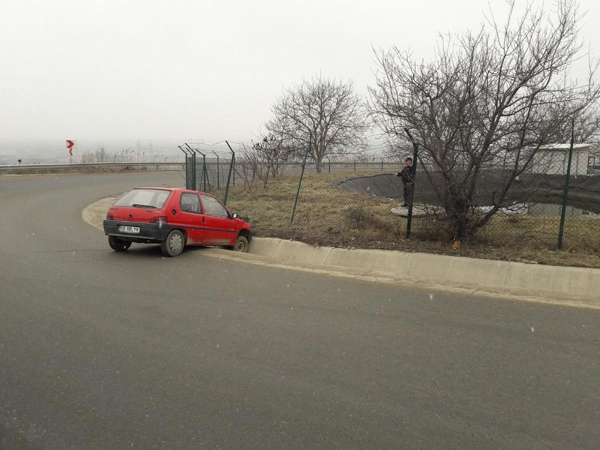 Accident în Dealu Dăii, produs de un șofer fără permis