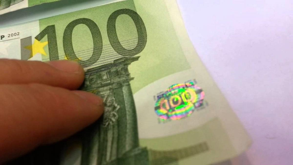 Bani falși au ajuns la Sibiu printr-o grupare de infractori care a fost destructurată de DIICOT Pitești