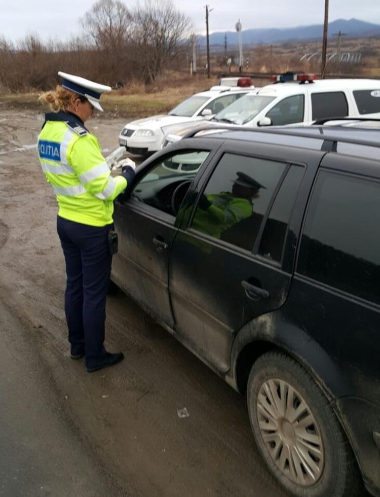 Urmărit în trafic pe Calea Dumbrăvii, un șofer beat s-a ales cu dosar penal