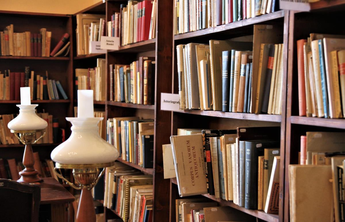 Biblioteca ASTRA informează: 13 martie, repere în timp