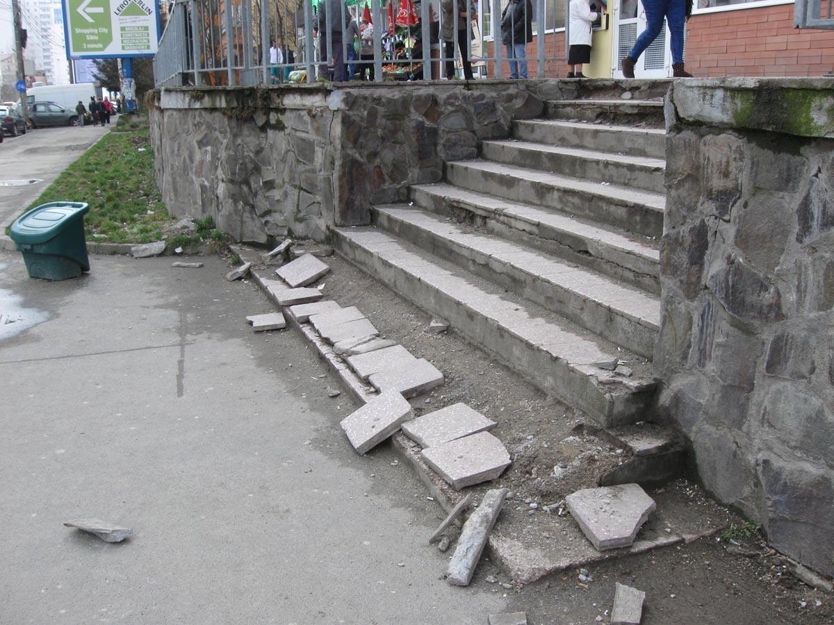 Doar nişte scări, sau mândria de a nu-ţi rupe picioarele prin Hipodrom