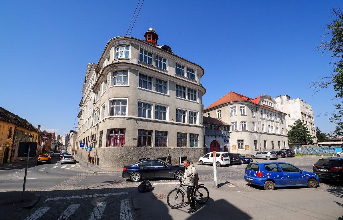 Prima modernizare din istoria internatului Colegiului Tehnic Independenţa. Primăria Sibiu pregătește studiile pentru fonduri europene
