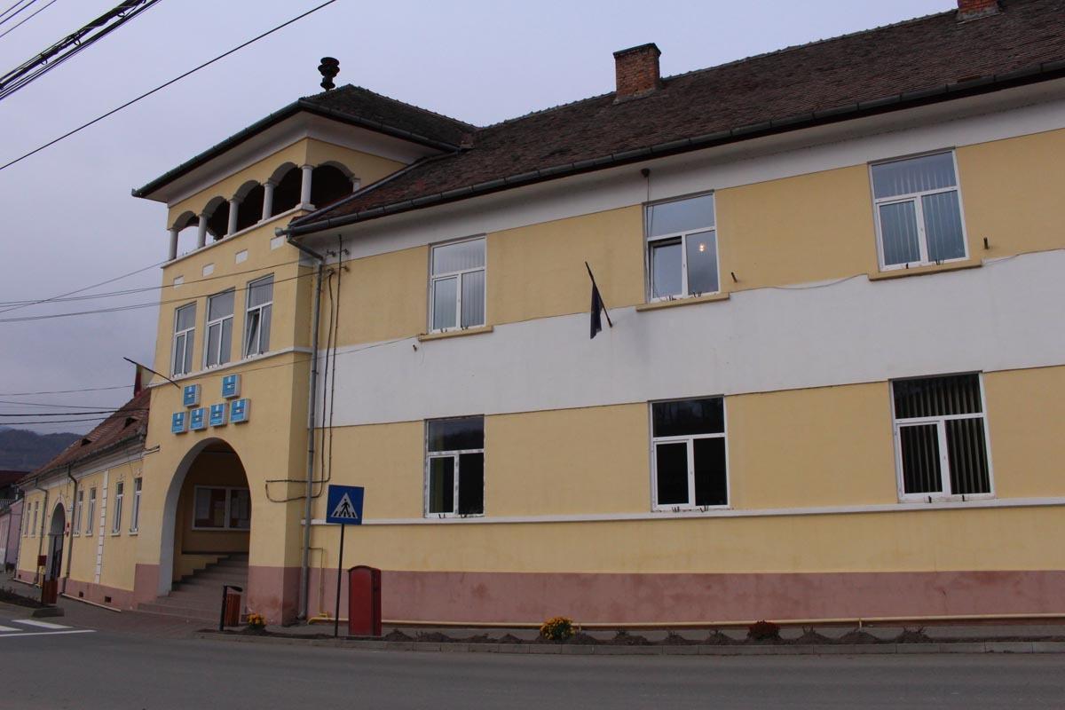Legislativul local din Tălmaciu e convocat în şedinţa ordinară lunară