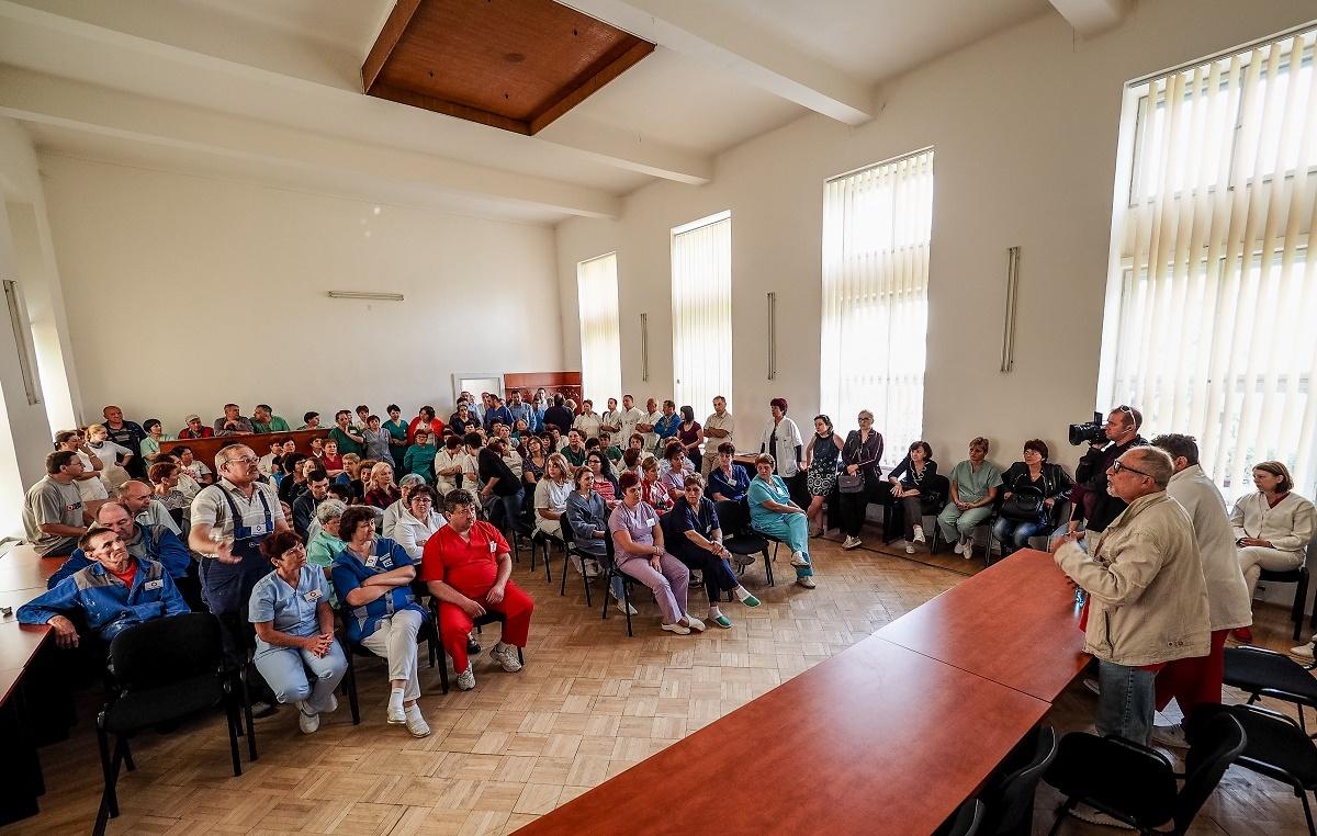FOTO si VIDEO: Protest la Spitalul Județean Sibiu: