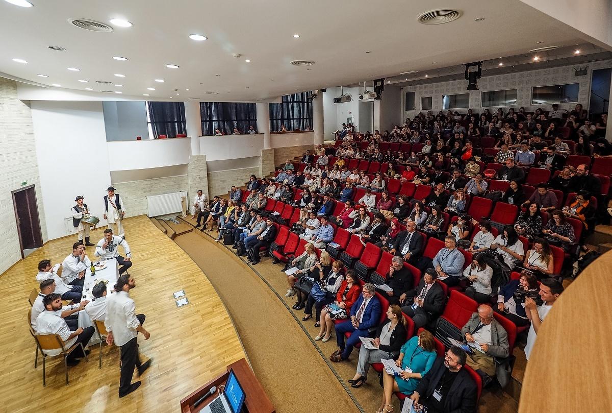 """International Week adună la Sibiu 120 de participanți din 20 de țări - """"Diferiți în culturi, dar nu diferiți în cultură!"""""""