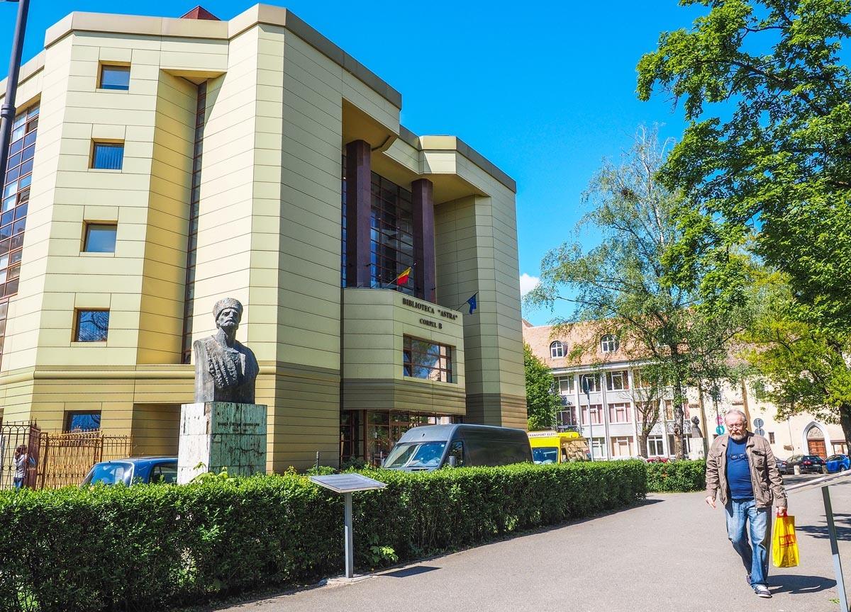 Biblioteca ASTRA informează: 17 mai, repere în timp