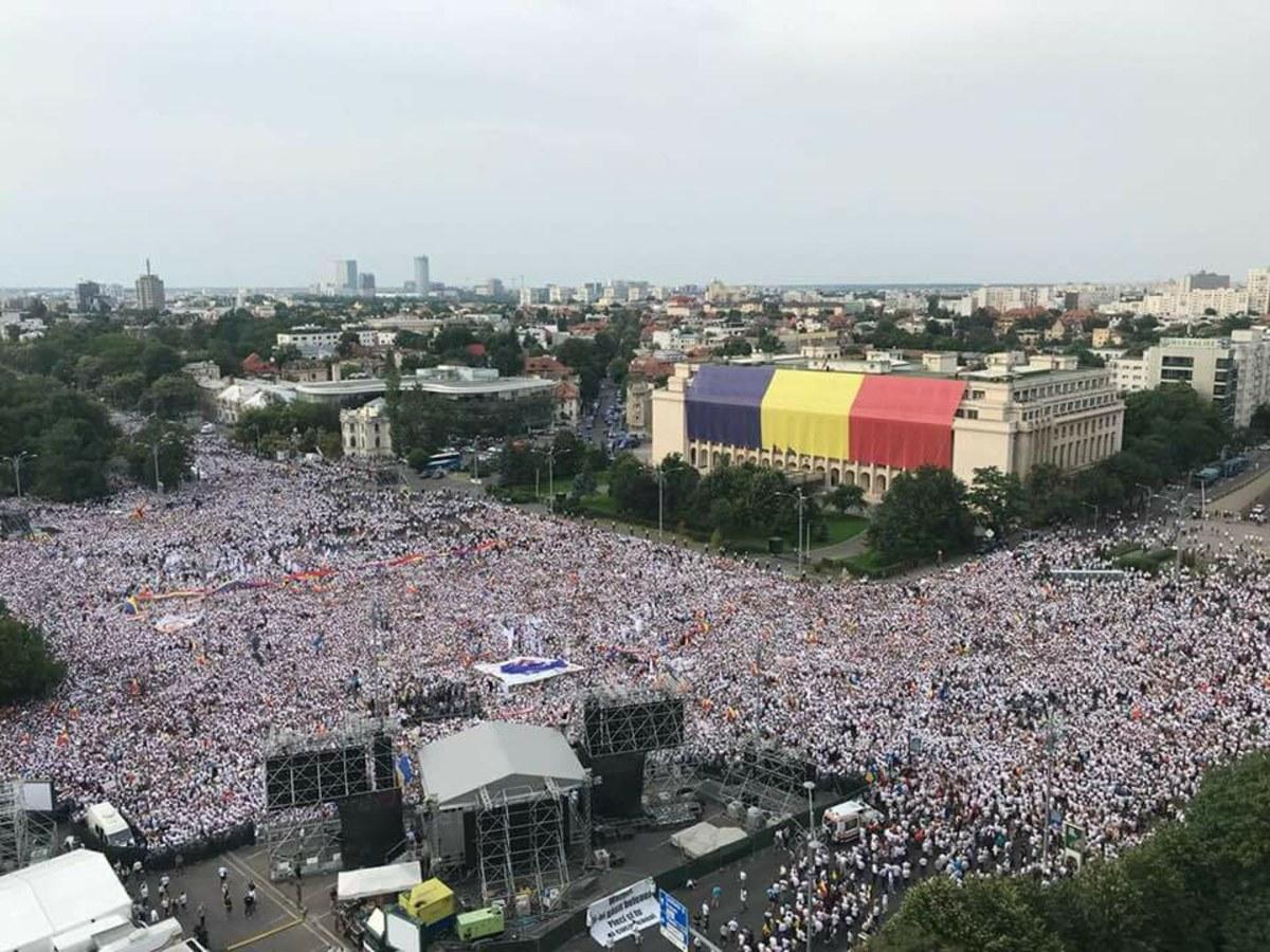 Dincolo de toate, mitingul de sâmbătă a demonstrat că PSD încă e jupân în România