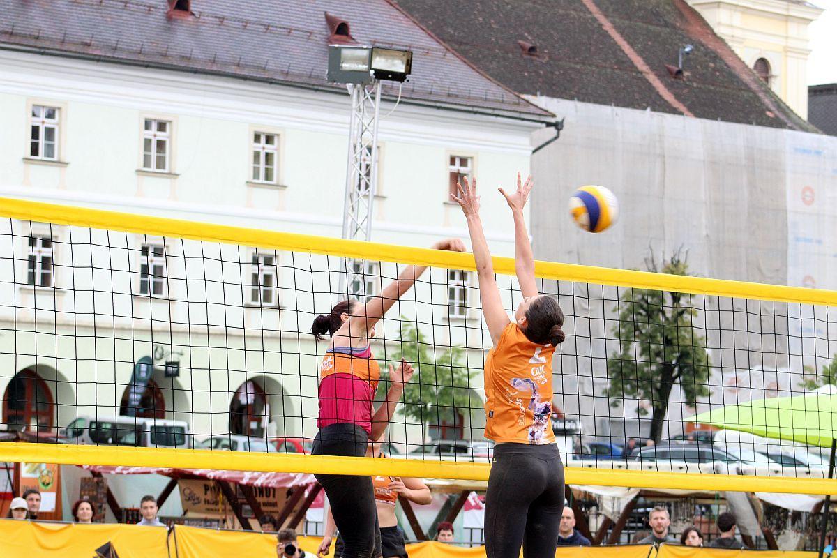 (FOTO) Sportsin și Nisip Soare au câștigat Sibiu Sands 2018