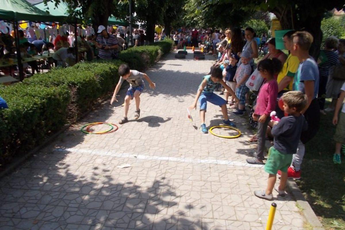 Copiii din Mediaș, așteptați la Școala de Vară