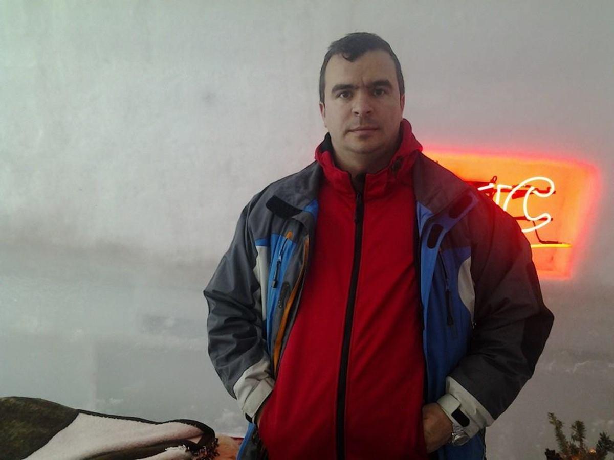 Comisarul Constantin Crăciun, reținut de DNA, după un flagrant. A primit banii la birou