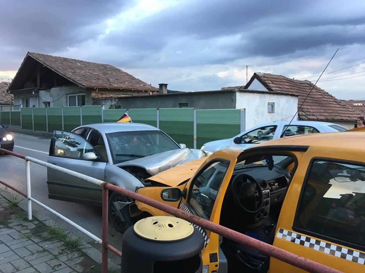 4 persoane rănite într-un accident rutier, în Mediaș