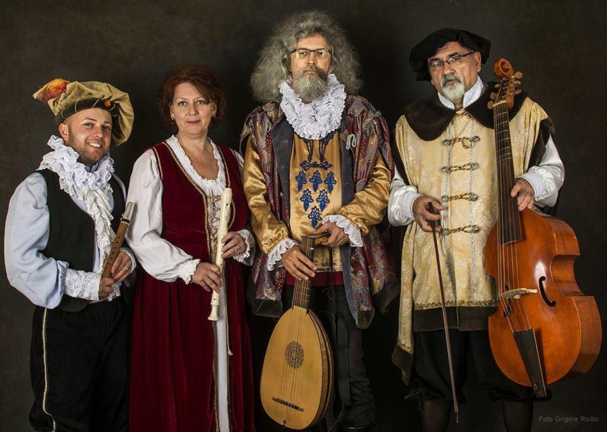 """Concert de muzică medievală """"Huniadi Cantores"""" la Muzeul de Istorie"""