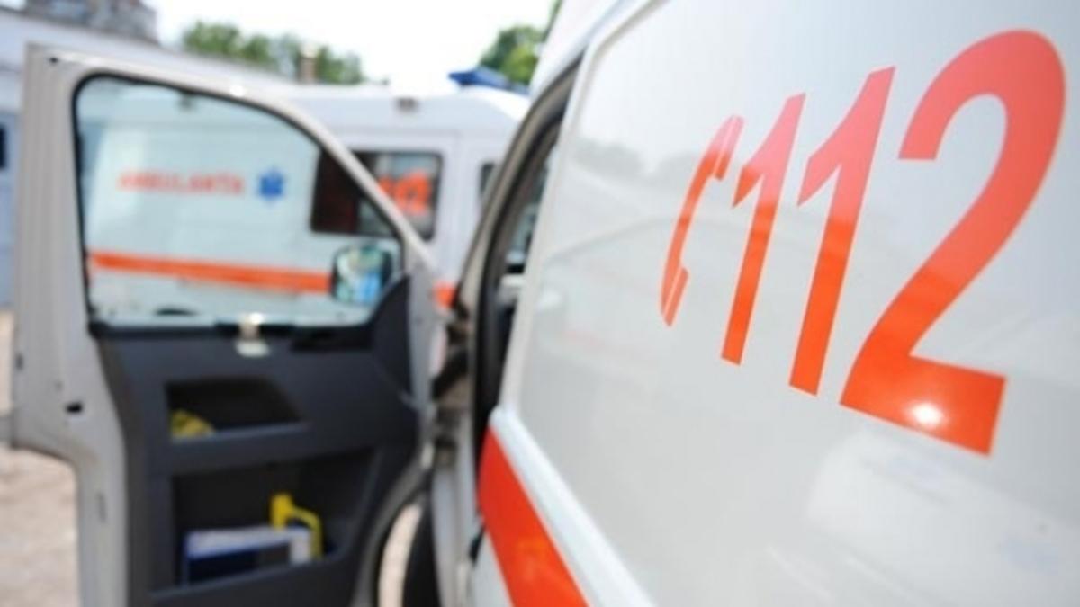 Accident pe DN 14. O femeie a ajuns la spital