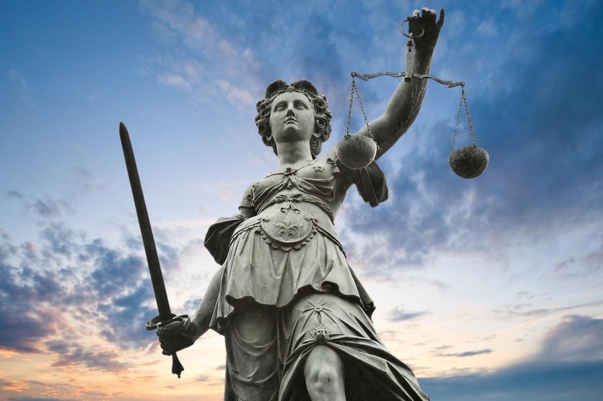 Dosarele de mare corupţie şi cele mai vechi de 10 ani, verificate de Inspecţia Judiciară. Controale de fond la Judecătoria şi Tribunalul Sibiu!