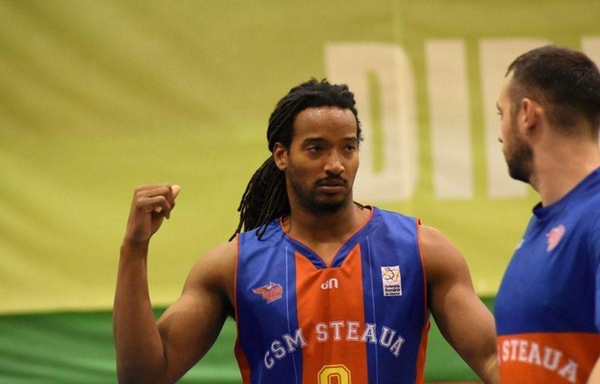 CSU Sibiu a transferat un pivot cu experiență. Randal Falker a jucat ultimele două finale ale Ligii Naționale cu Steaua CSM EximBank