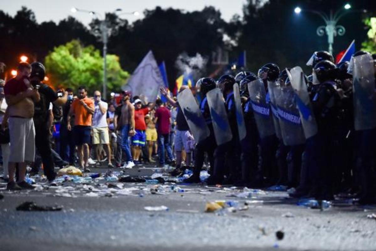 Sute de oameni răniți în timpul violențelor de la Mitingul Diasporei, din Piața Victoriei. Ce scrie presa internațională